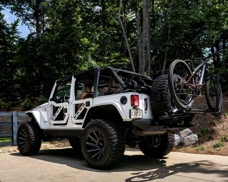 Jeep Wrangler with Trek Rail 9.8